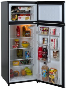 Avanti RA7316PST 2-Door Apartment Size Refrigerator review