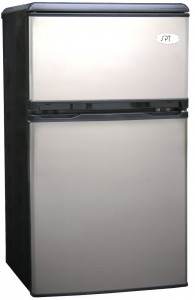Sunpentown RF-320S 3-1 5-Cubic-Foot Double-Door Refrigerator, Stainless Review