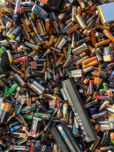 battery power to run a fridge